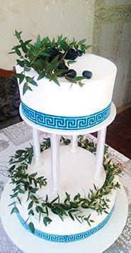 Сливочный свадебный торт с зеленью